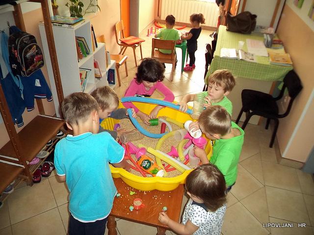 Adaptacija djece u vrtićkoj grupi Leptirići