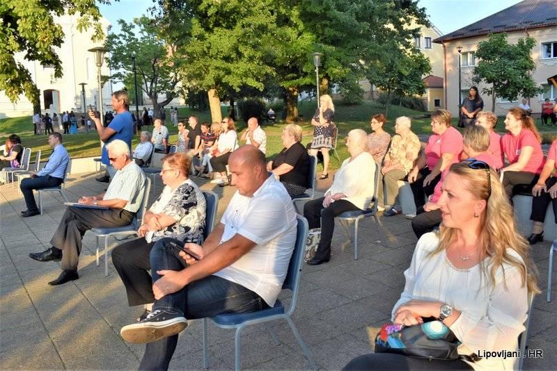 Dan češke kulture u Lipovljanima održan u stoljetnom parku